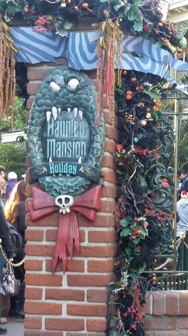 hauntedmansionsign