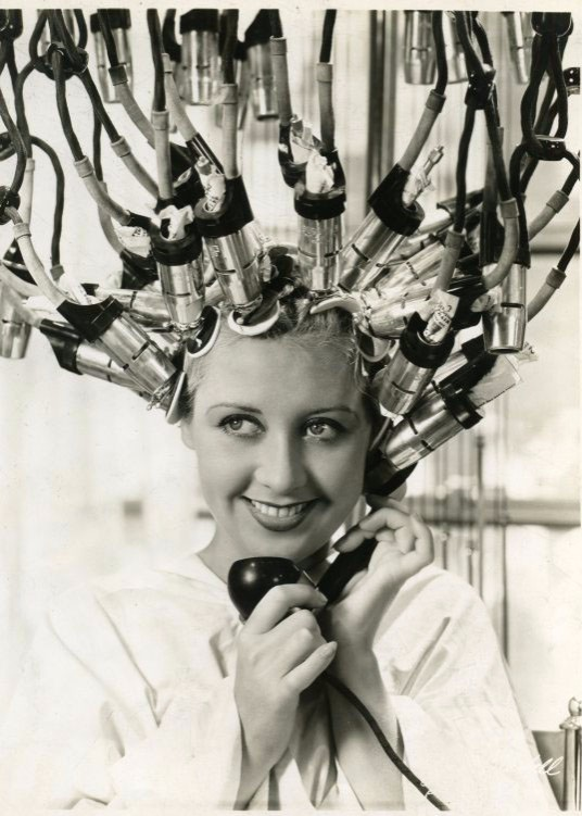 1930s-hair-salon3