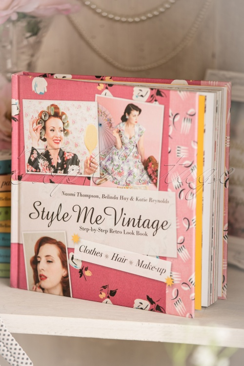 112530-style-me-vintage-look-book-530-99-10086-05312017-004w-large